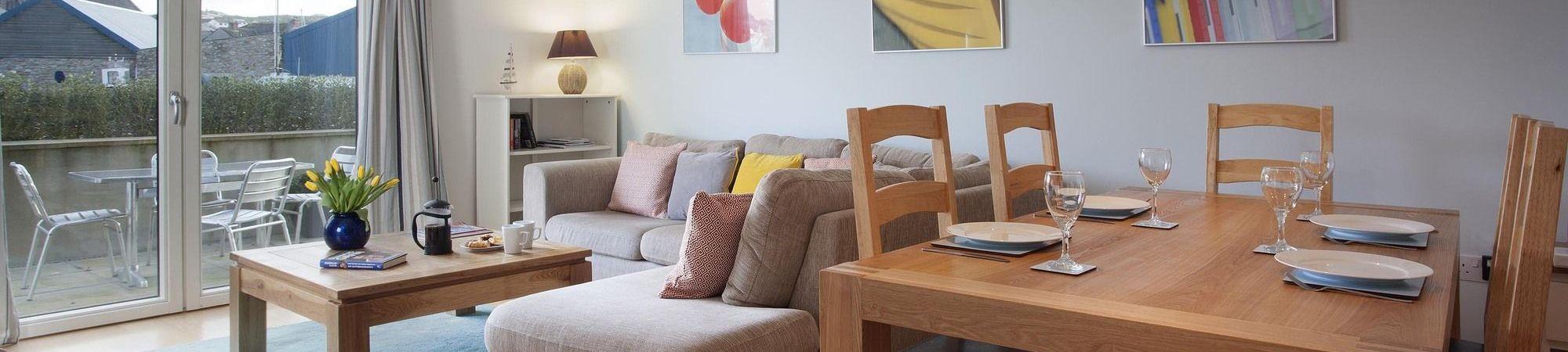 Spinnaker Apartment - Porthleven Holiday Cottages