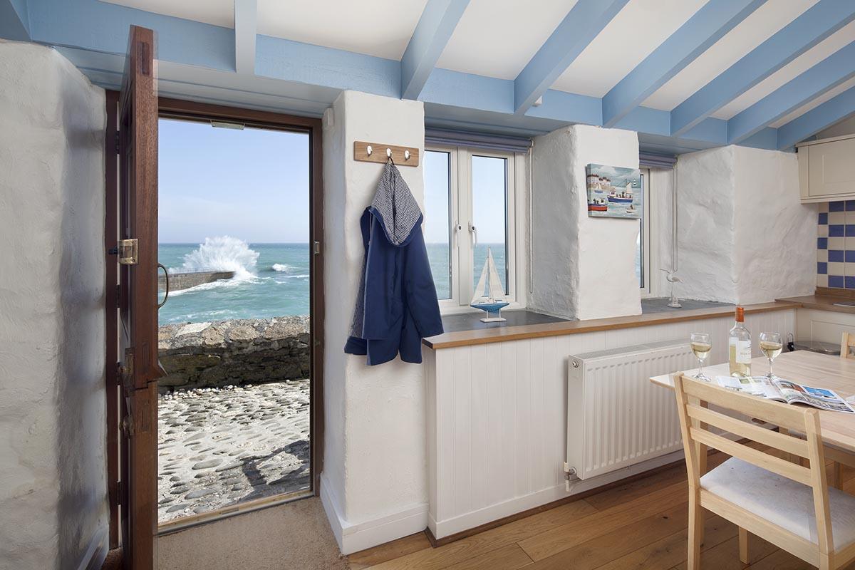 Fishermans Loft, Porthleven Holiday Cottages