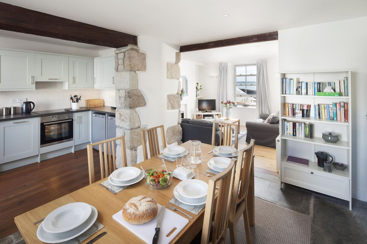Beach Cottage - Porthleven Holiday Cottages