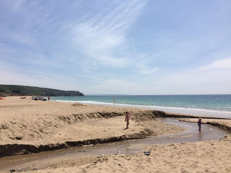Praa Sands, cornwall - Stay at Porthleven Holiday Cottages