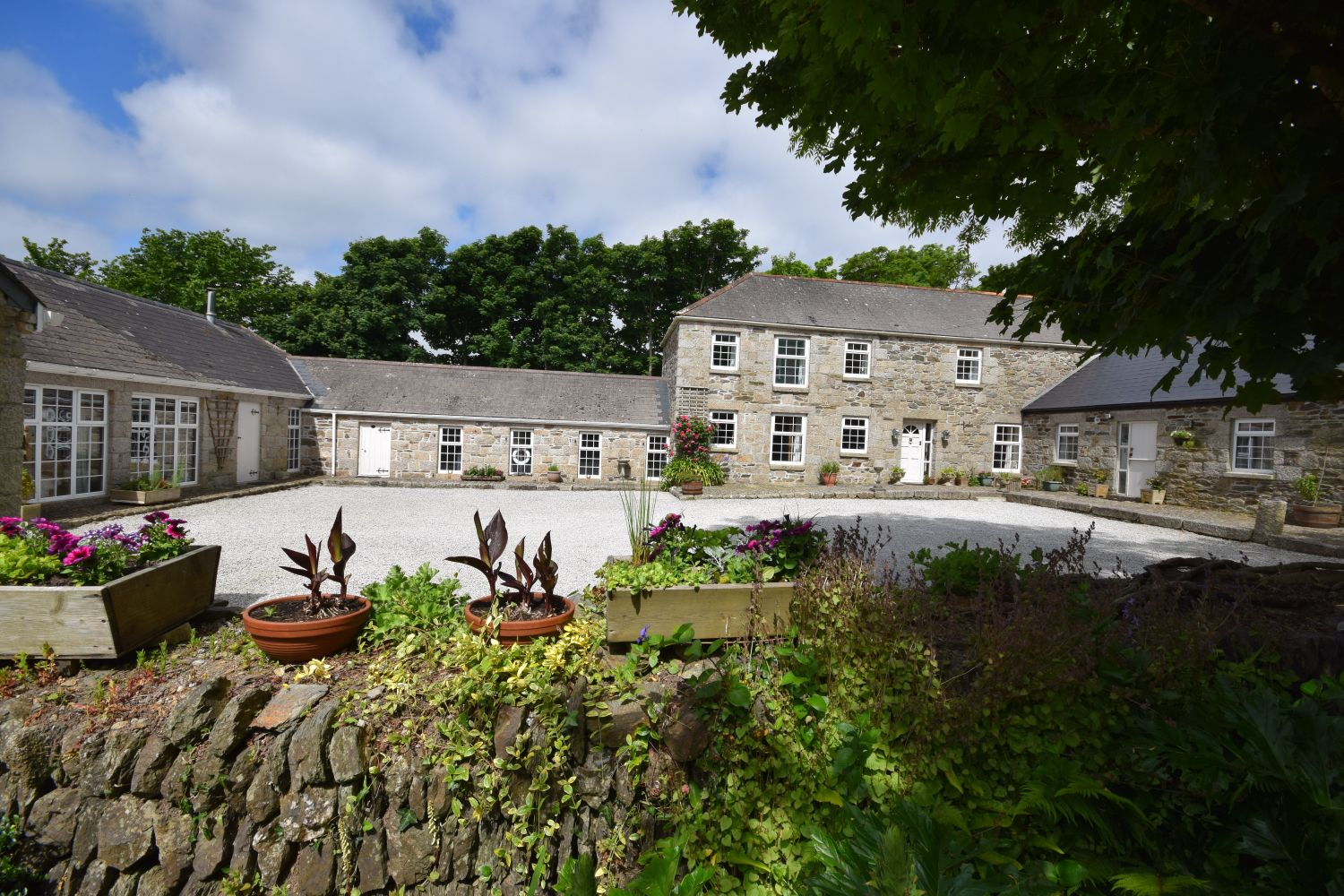 Tregoose Barn, Sithney - Porthleven Holiday Cottages