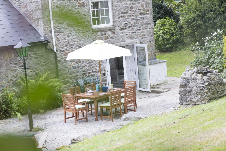 Tregoose Barn - Porthleven Holiday Cottages